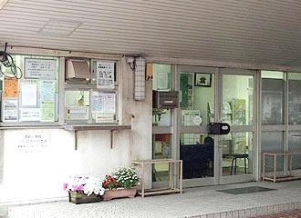 西前田小学校外観の写真